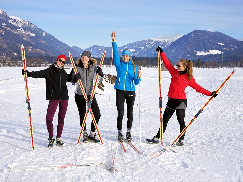 Langlaufen-Cross-Country-Skiing